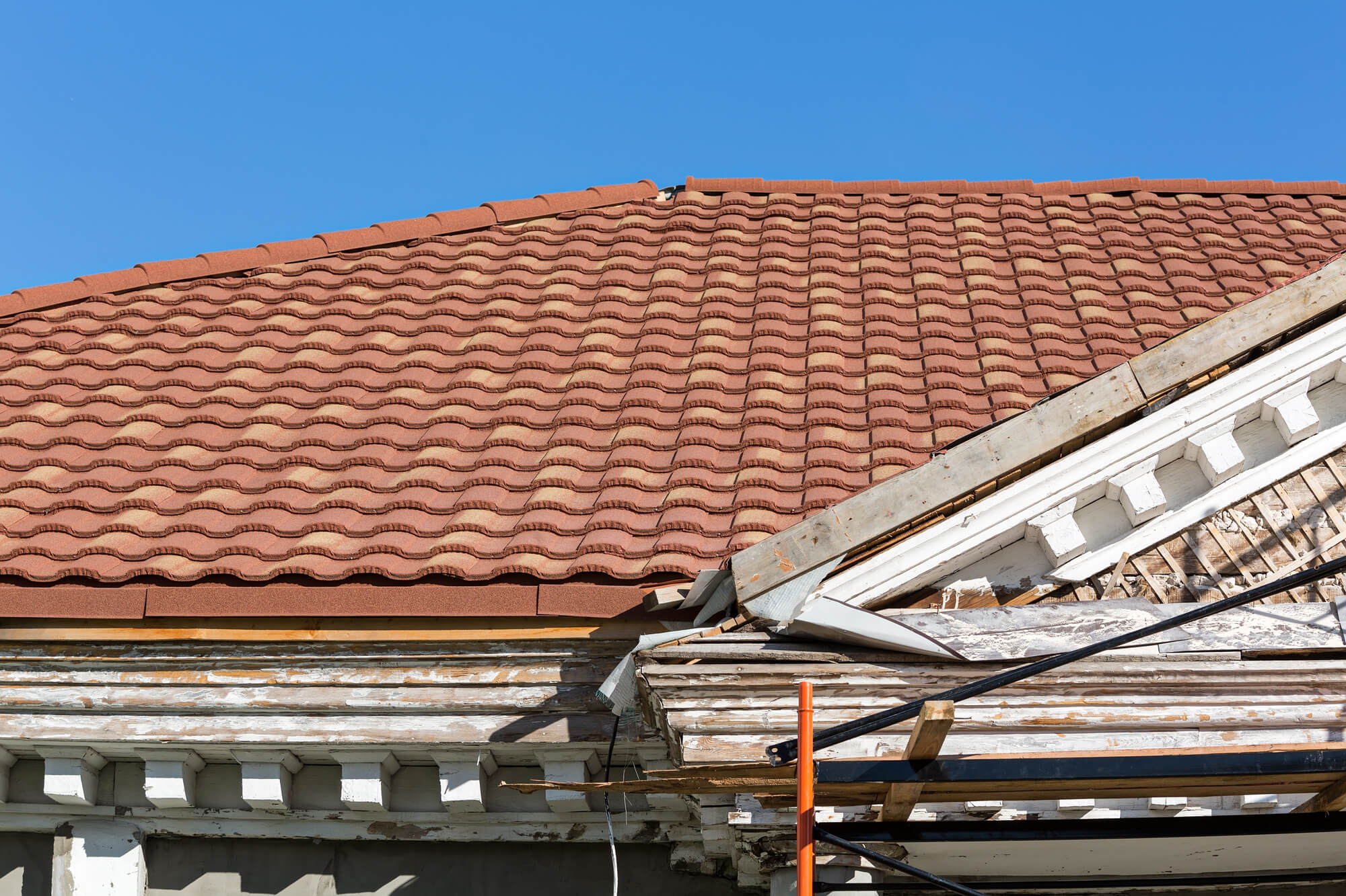 How To Negotiate A Price For Roof Restoration
