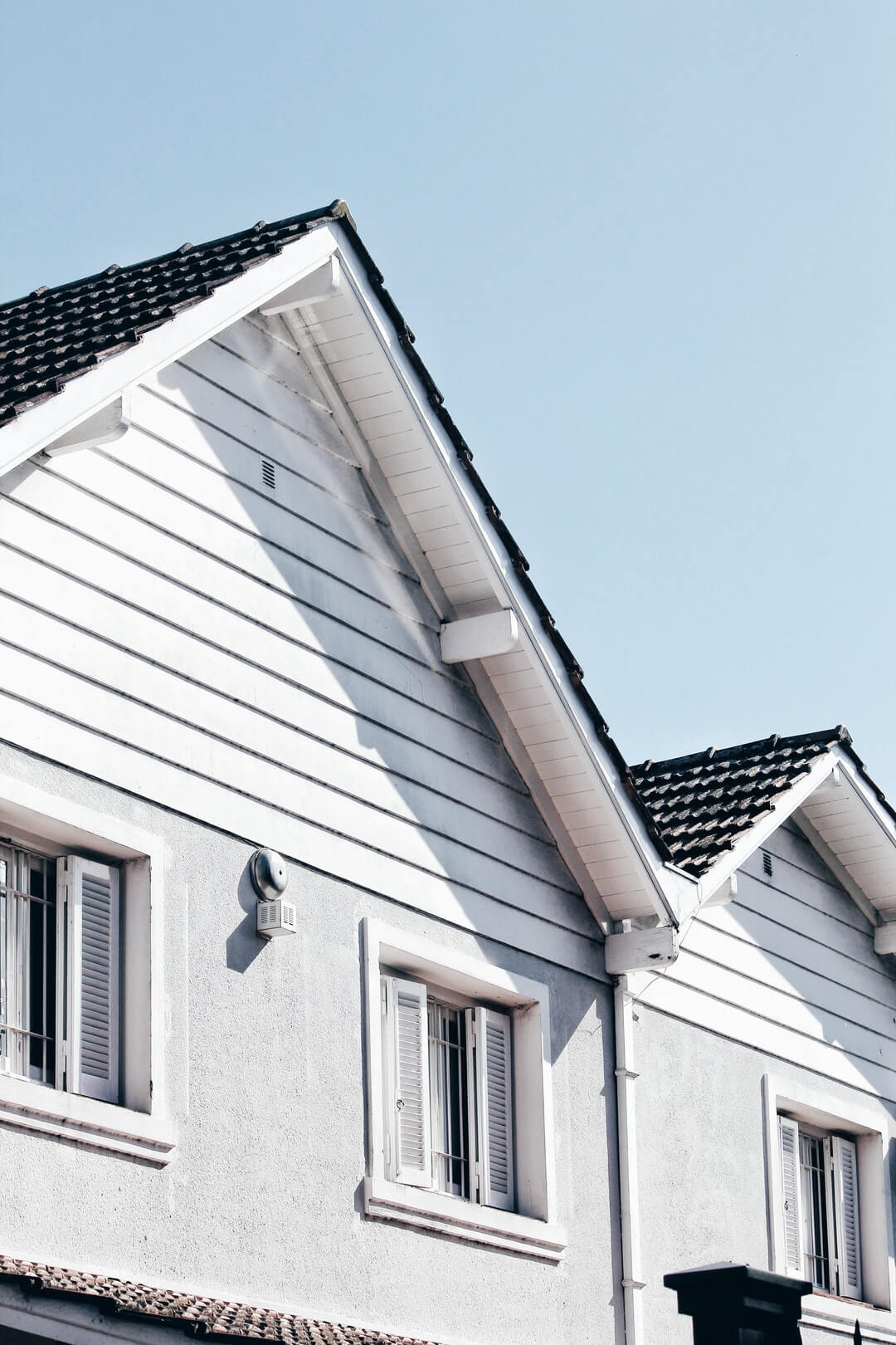 how to get insurance to pay for roof replacement